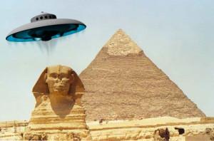 Aliens-built-pyramids