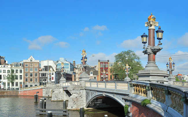 Blue-Bridge-Amsterdam