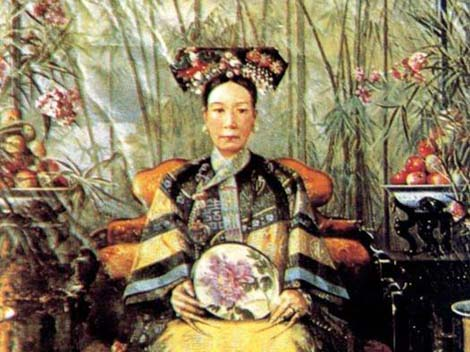 a biography of tzu hsi the empress dowager of china Empress dowager cixi, or empress dowager tzu-hsi (慈禧太后) (29 november 1835 – 15 november 1908), of the manchu yehenara clan, was a powerful and charismatic woman who unofficially but effectively controlled the manchu qing dynasty in china for 47 years, from 1861 to her death in 1908.