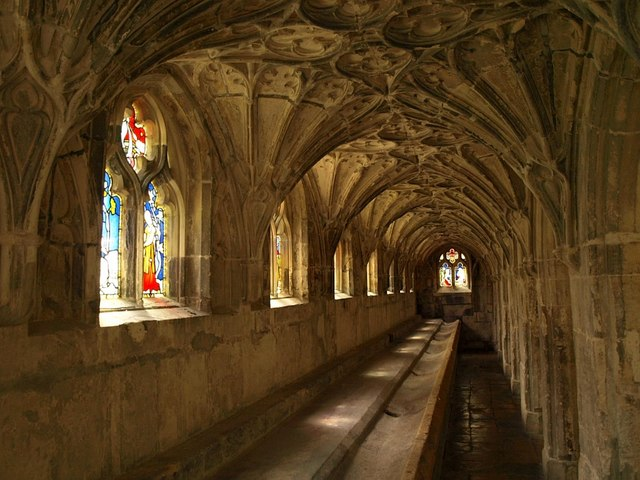 Lavatorium, Gloucester Cathedral Cloisters