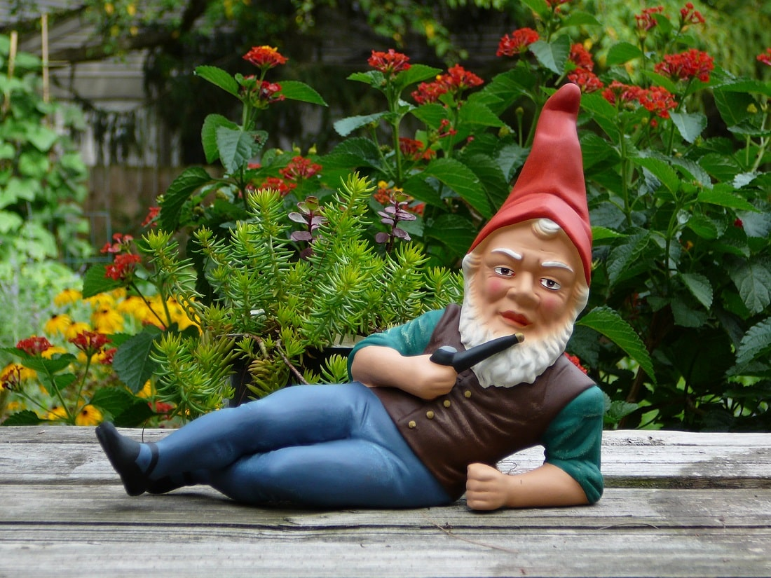 history of garden gnomes