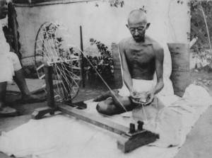 ghandi_spinning_yarn