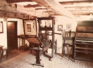 gutenberg_printing_press_replica_bermuda