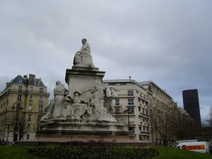 louis_pasteur_statue_paris