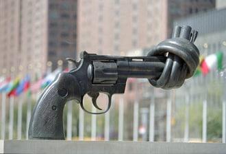 Non-Violence Karl Fredrik Reutersward