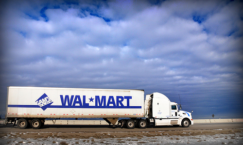 Wal-Mart Trucking -- U.S. Consumer Culture Rides on History of the Trucking Business
